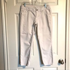 🔥🎊Mossimo White Cropped Jeans 4/$30 Bundle Sale